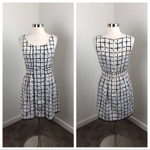 Collective Concepts black and white printed dress
